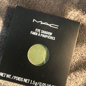 "MAC Eyeshadow Pro Pan Refill ""Swimming"""